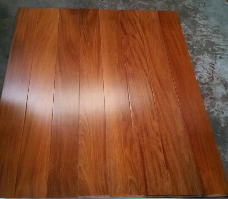 sàn gỗ căm xe lào